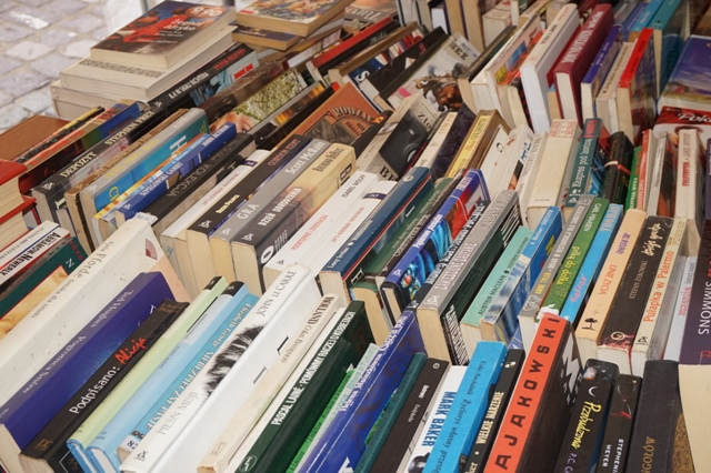 Zdjęcie wykonane w trakcie Kiermaszuk książki używanej